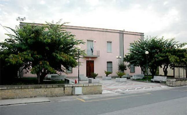 il municipio di usellus (foto pintori)