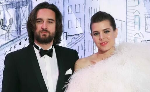 Charlotte Casiraghi e Dimitri Rassam (Ansa)