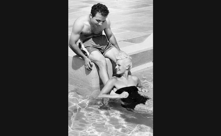 con la moglie vickie nel 1950