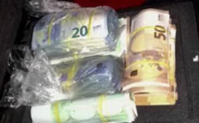 i soldi trovati in un auto dell organizzazione (l unione sarda)
