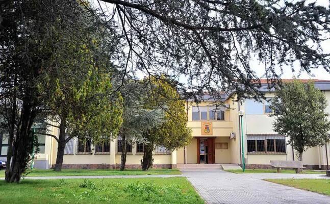 il municipio di lunamatrona (foto a pintori)