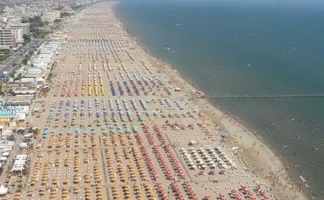 spiagge a rimini (foto google maps)