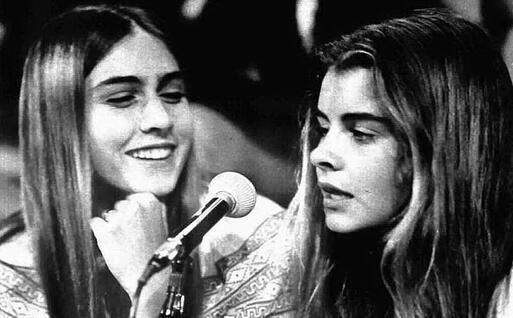 Romina e Taryn, giovanissime (da Wikipedia)