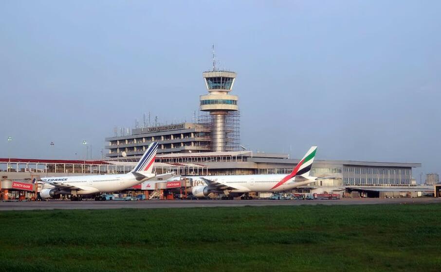 l aeroporto di lagos (wikipedia)