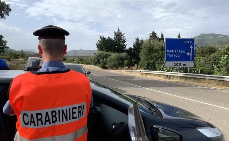 carabinieri a jerzu (foto a serreli)