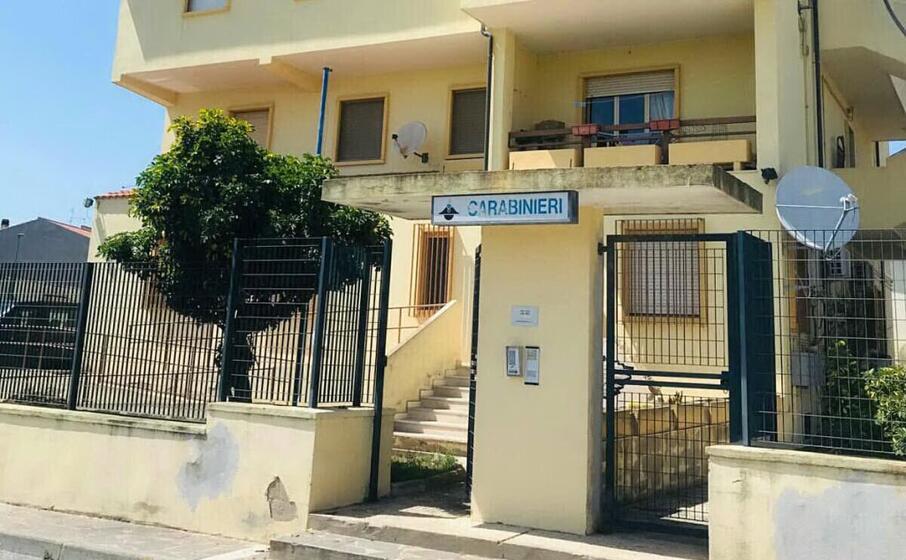la stazione carabinieri di sant antioco (foto a scano)