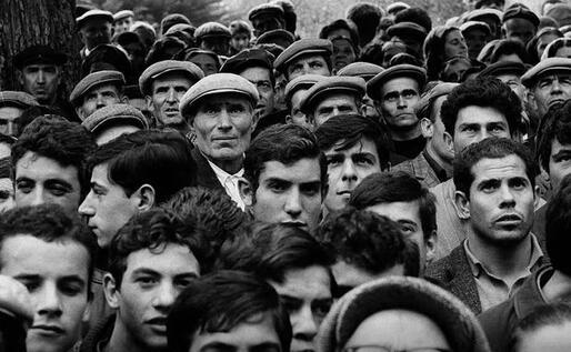 Sardegna, 1968, comizio del presidente della regione (foto @faustogiaccone)
