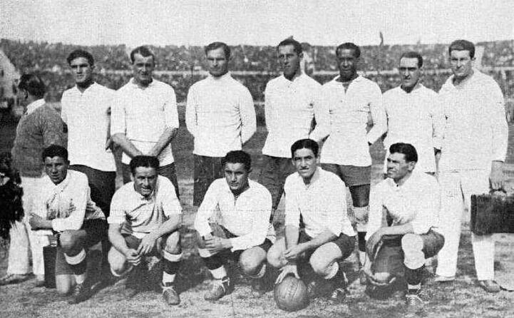 accaddeoggi 13 luglio 1930 in uruguay il primo campionato mondiale di calcio se lo aggiudicano i padroni di casa