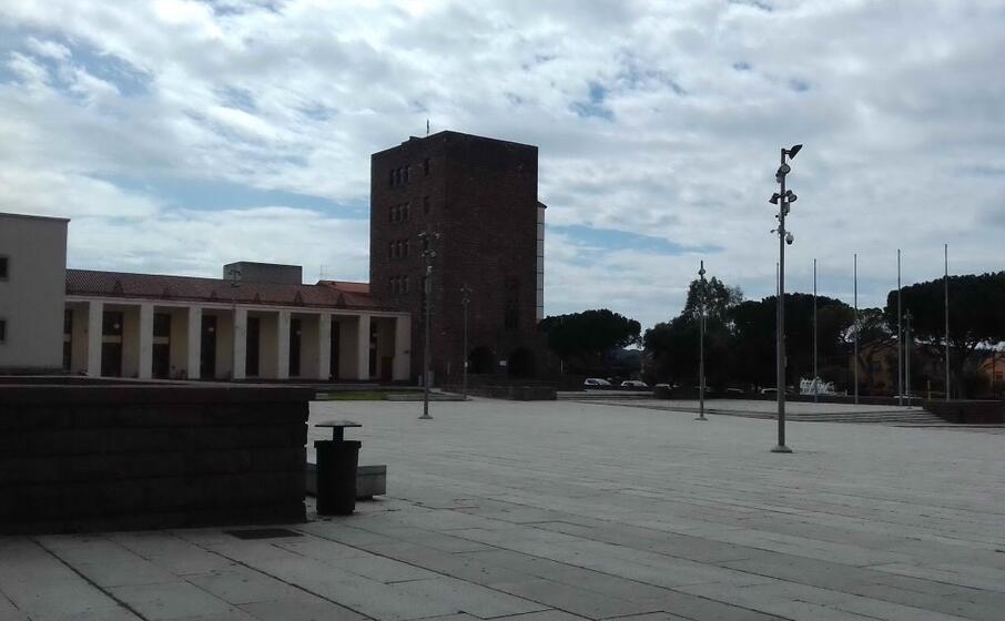 la torre civica di carbonia (l unione sarda scano)