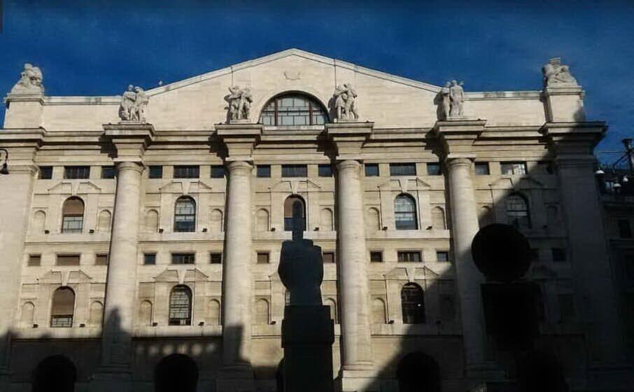 piazza affari (foto da google)