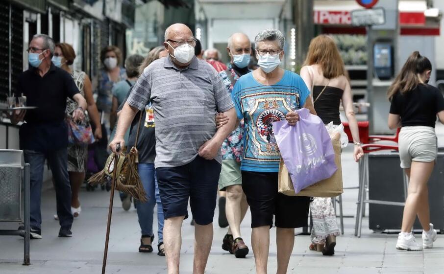 Coronavirus, maxi focolaio in Catalogna: quasi 1000 casi in 24 ore