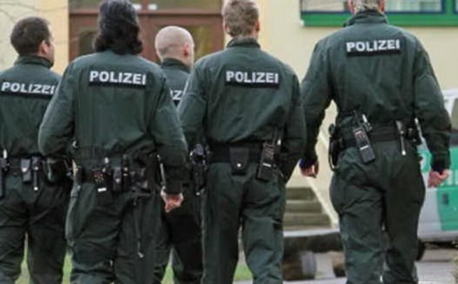 polizia tedesca (foto da google)