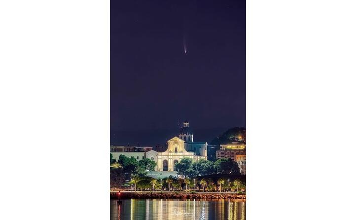 Neowise, la stella cometa brilla su Zagarise