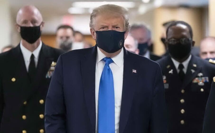 Coronavirus, nuovo record negli Usa: scontro Fauci-Trump sull'obbligo delle mascherine
