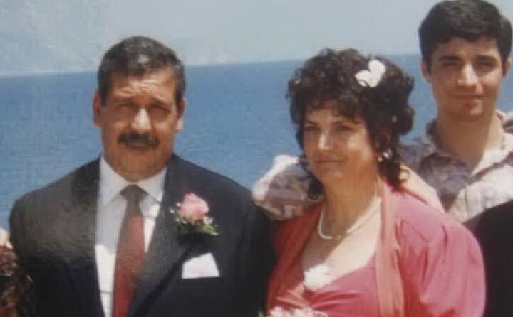 la vittima insieme al marito antonio mura