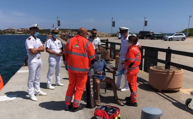 i soccorsi (foto guardia costiera)