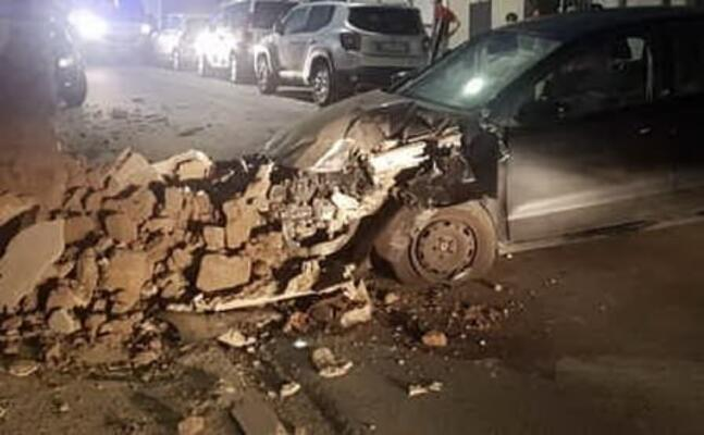 l auto dopo l incidente (foto e sanna)