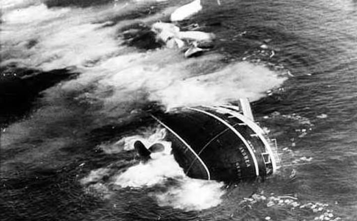 accaddeoggi 25 luglio 1956 incidente tra l andrea doria e la stockholm (archivio l unione sarda)