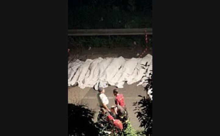 i corpi estratti dalle lamiere