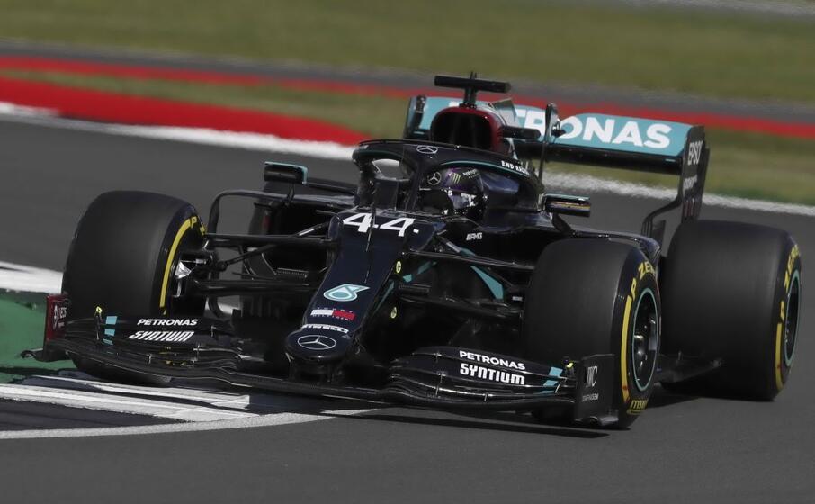 Formula 1, Hamilton vittoria con brivido: podio Leclerc