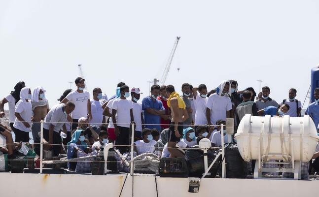 migranti a lampedusa (foto ansa)