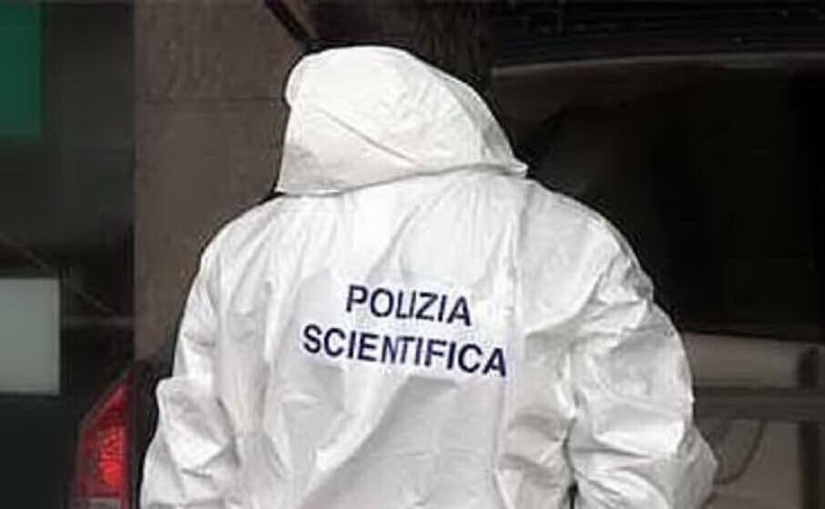 polizia scientifica (archivio l unione sarda)
