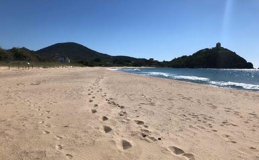 La spiaggia di Chia (foto Pilia)