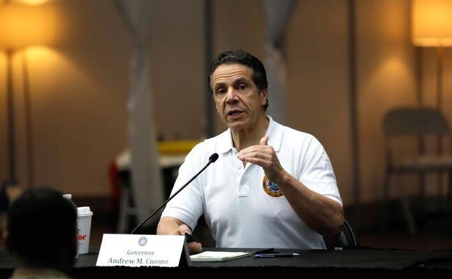 il governatore dello stato di new york andrew cuomo (foto ansa)