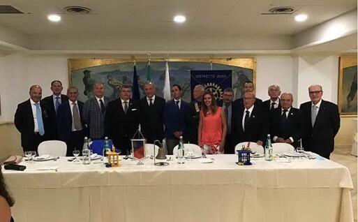 La squadra del Rotary club Porto Torres (L'Unione Sarda - Pala)