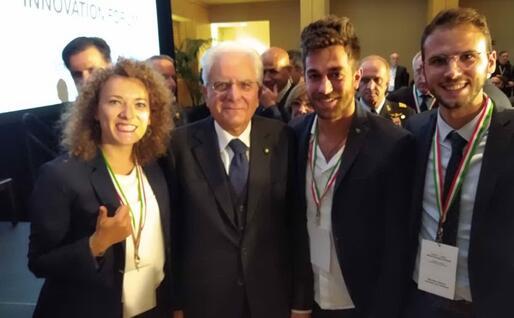 Gian Marco Nuvoli (secondo da destra) con il presidente Mattarella (foto concessa dall'intervistato)