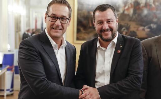 Salvini con l'ex vicecancelliere Strache (Ansa)