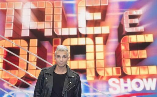 "Marco Carta a ""Tale e quale show"" (Ansa)"