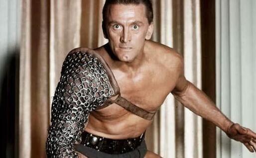 Nei panni di Spartacus (foto da frame video)