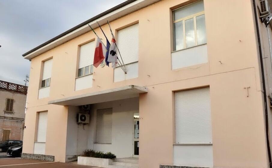 il municipio di simaxis (archivio l unione sarda)