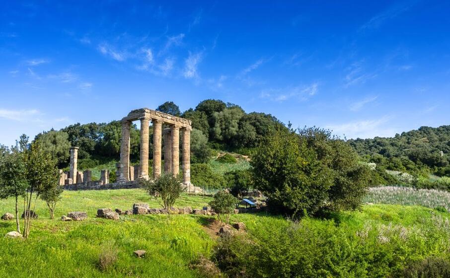 tempio di antas (istock com marmo81)