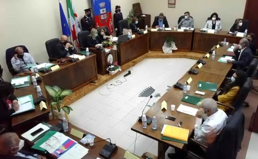 il consiglio comunale (foto a serreli)