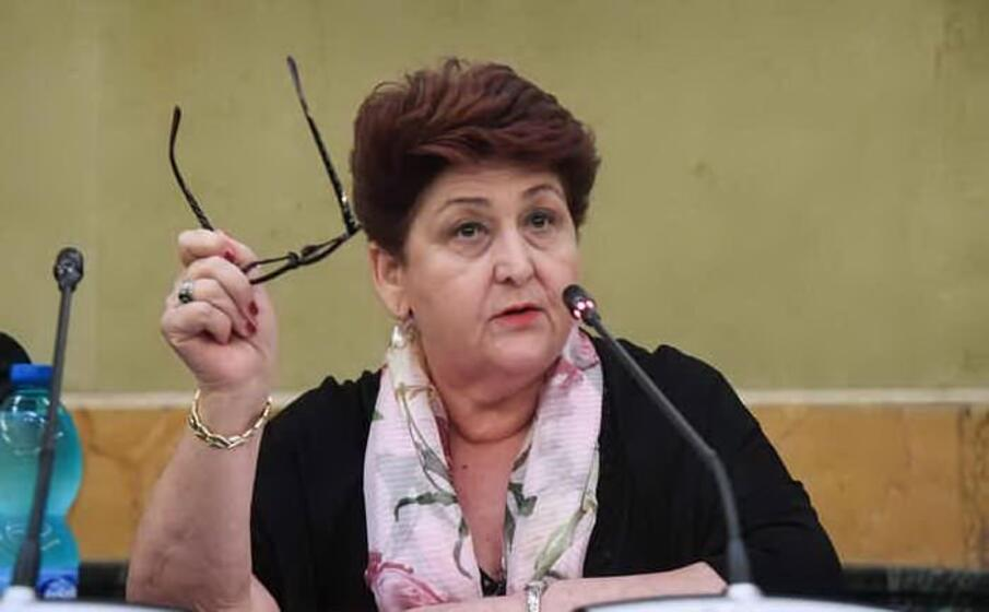 il ministro bellanova (ansa)