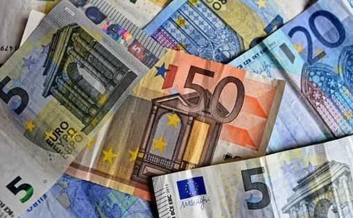 oggi i paesi dove si usa l euro sono 19