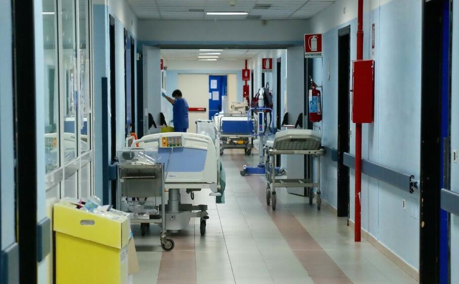 il reparto di medicina dell ospedale sirai (archivio l unione sarda)