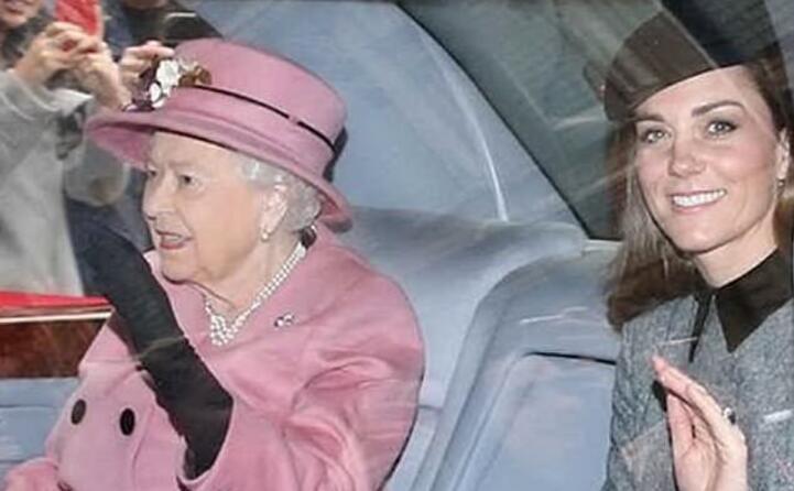 in auto con la regina