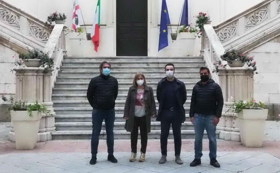 didascalia gli amministratori di burcei dopo un recente incontro col sindaco paolo truzzu (foto serreli)
