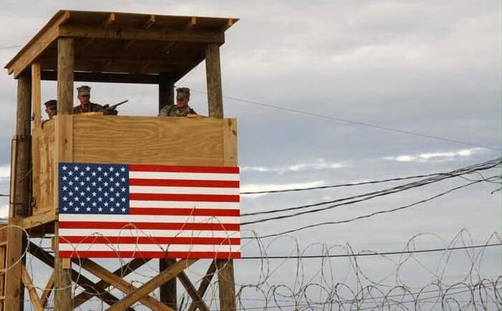 i detenuti sono prigionieri ritenuti legati al terrorismo catturati durante la guerra in afghanistan