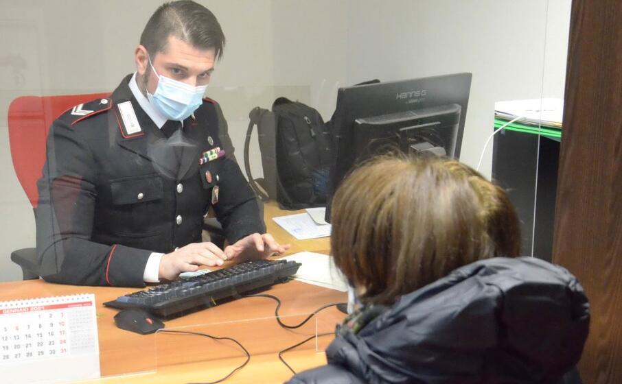 (foto carabinieri)