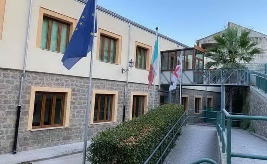 il municipio di ossi (foto concessa dal comune)