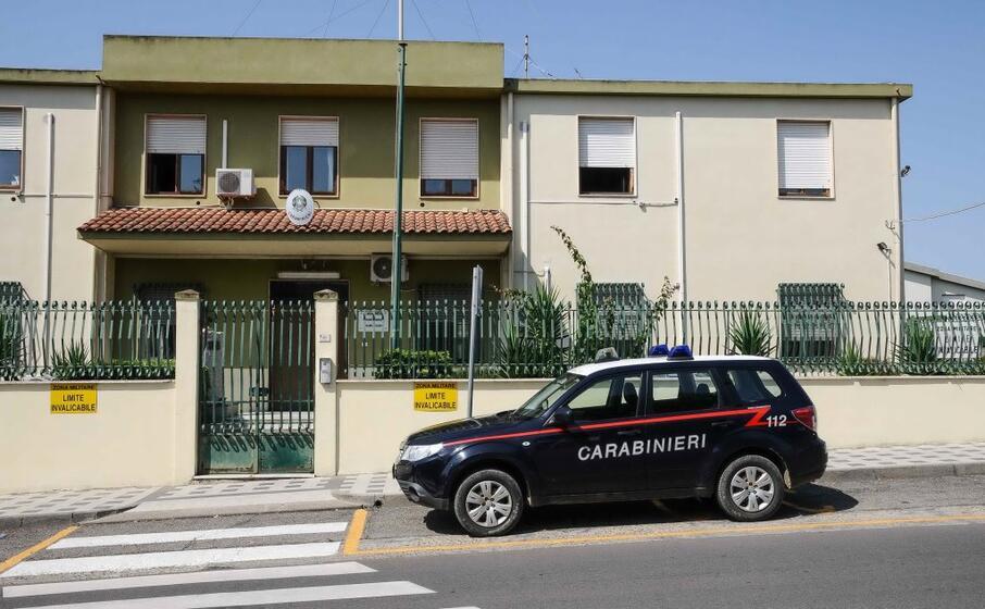i provvedimenti sono stati eseguiti dai carabinieri di dolianova (archivio l unione sarda)