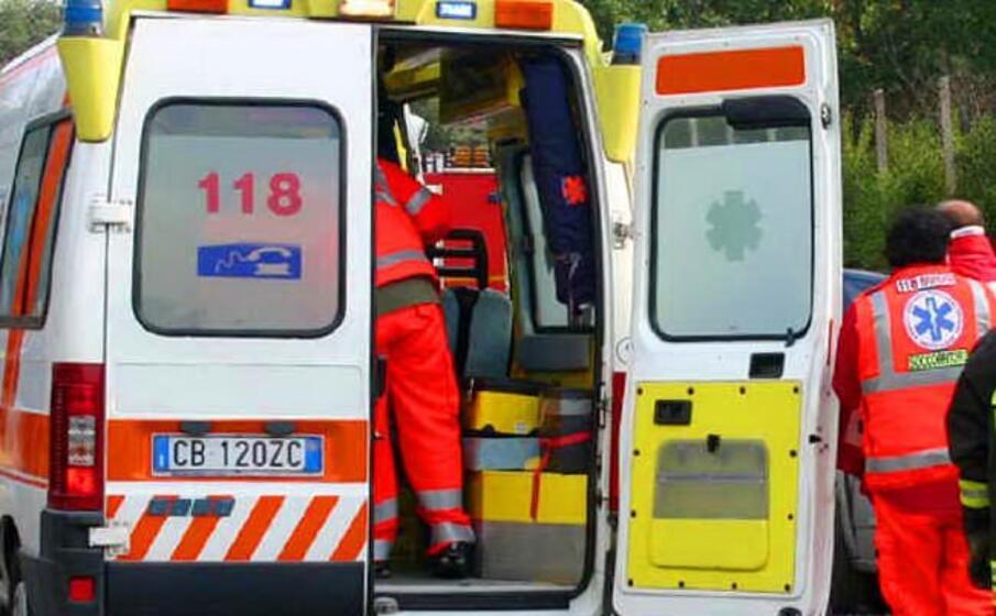 un ambulanza del 118