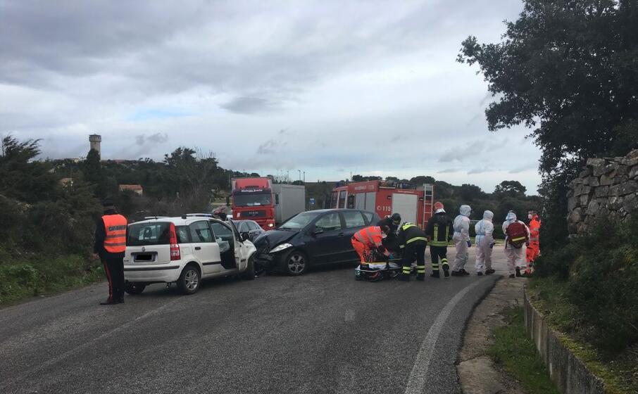 le auto coinvolte nell incidente (foto busia)