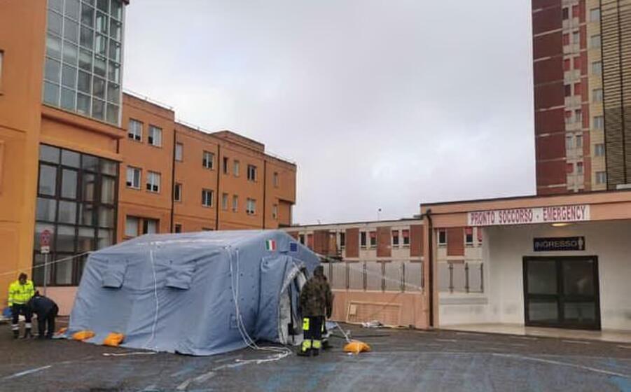 l ospedale san francesco (foto locci l unione sarda)