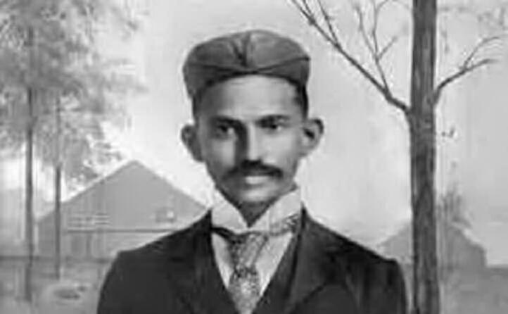 da giovane il mahatma studia in sudafrica (foto wikipedia)