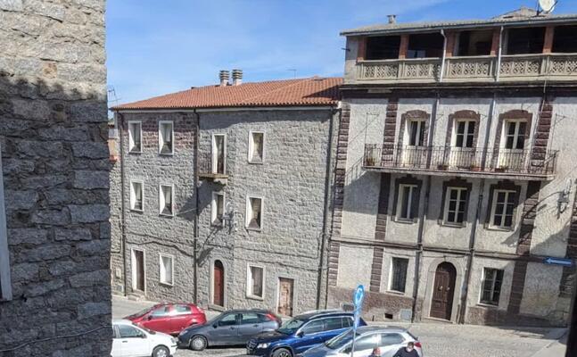 una veduta del centro storico di benetutti (l unione sarda tellini)